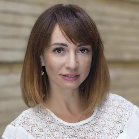 Анна Монахова