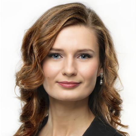 Олена Рижкова